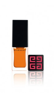 06-VernisPlease-176x300 De zomerlook 2011 van Givenchy