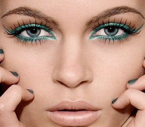 eyeshadow-color-for-green-eyes-300x262 Colorblocking is hot!