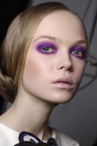 purple-eyeshadow-fall-2009 5x Zomer Musthaves