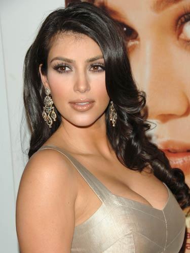 Kim-Kardashian_11 Verleidelijke look met wimperextentions