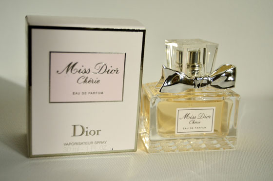 doosje_totaal_miss-Dior Miss Dior Chérie Eau De Parfum