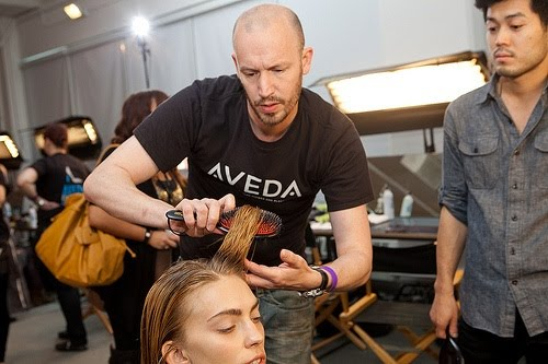 649 AVEDA show de nieuwe haarstijlen  SPRING/SUMMER 2012 in de New York Fashion Week