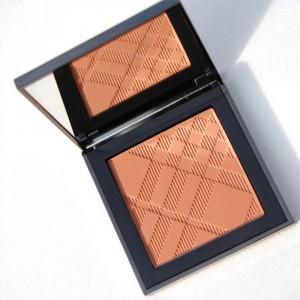 Burberry_bronzer-300x300 Make-up: Burberry Beauty