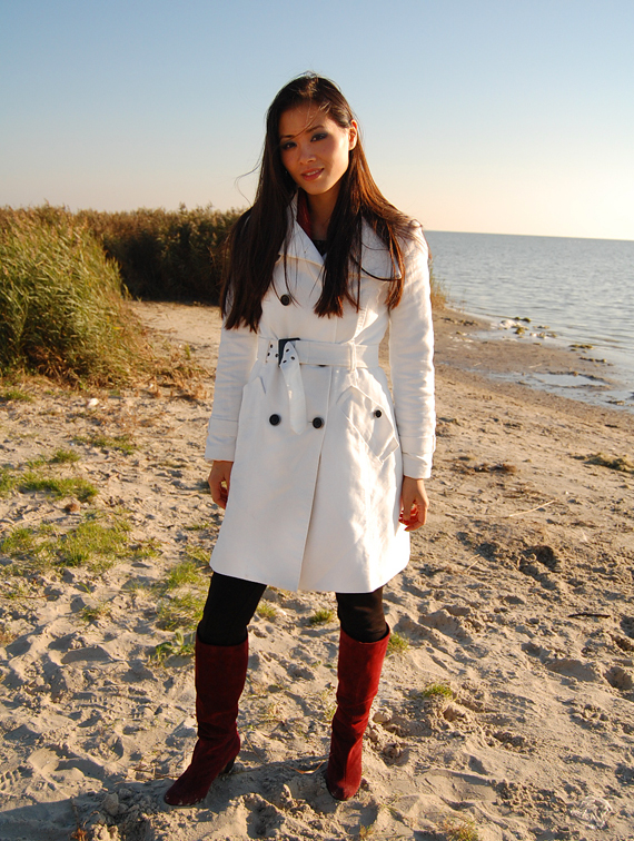white-coat-beach Look of today: The red panther