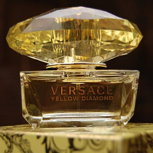 Versace-Yellow-diamonds-300x300 NEW PARFUM: Versace Yellow Diamond