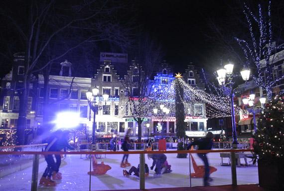 DSC0932 Kerstshoppen in Amsterdam + presentatie Aterna