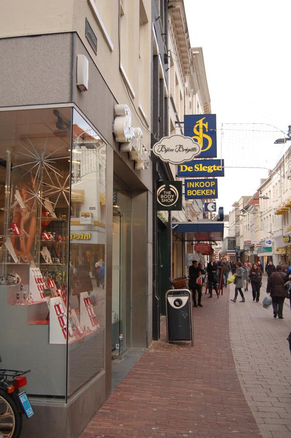 DSC_6262 Shoppen in Arnhem + Mac Counter Glitter and Ice