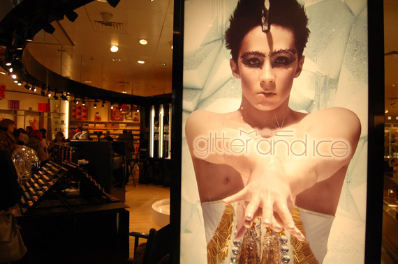 DSC_6286 Shoppen in Arnhem + Mac Counter Glitter and Ice