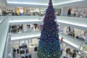 bijenkorf-kerstboom-300x201 Kerstshoppen in Amsterdam + presentatie Aterna