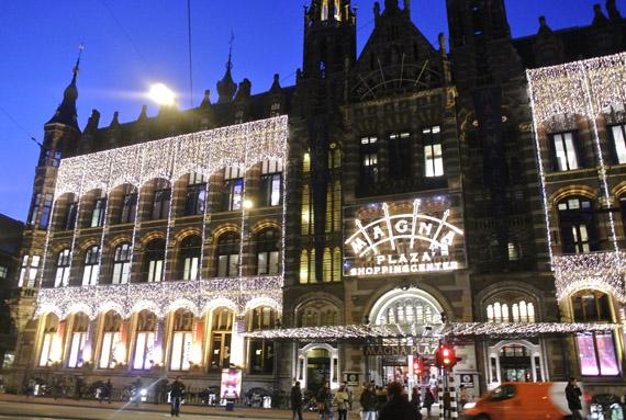 magna-plaza-amsterdam Kerstshoppen in Amsterdam + presentatie Aterna
