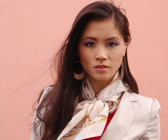 my-huong-fashion-blazer-hm Fashion: Witte blazer met gouden knoopjes