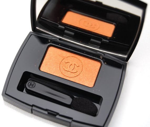 Chanel-ombre-essentielle-tigerlily-eyeshadow-spring-2012 Harmonie de Printemps de Chanel - lentecollectie 2012