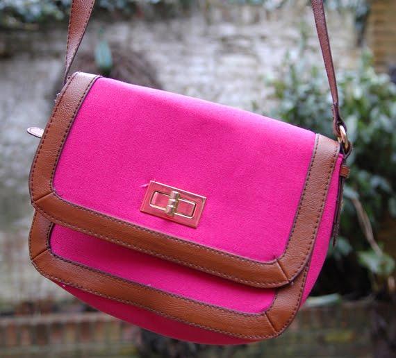 Hotpink-bag-shouldebag- Look of today: Colourblocking Pink/Orange