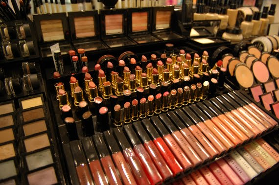 bobbi-brown Shopping: Den Haag