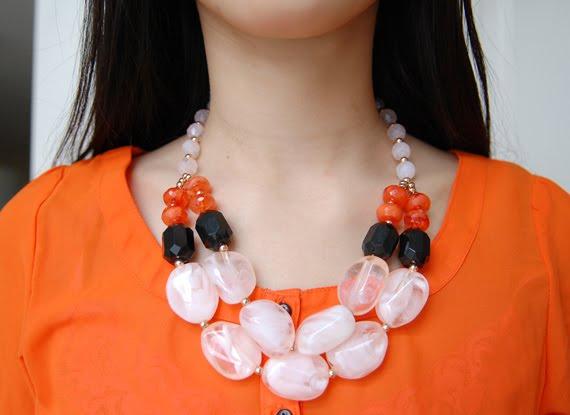 necklace-hm-colourblocking Look of today: Colourblocking Pink/Orange