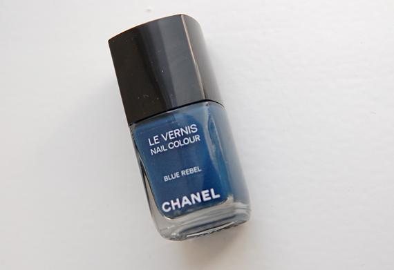 Blue-Rebel-Le-vernis-Les-Jeans-Chanel Les Jeans de Chanel