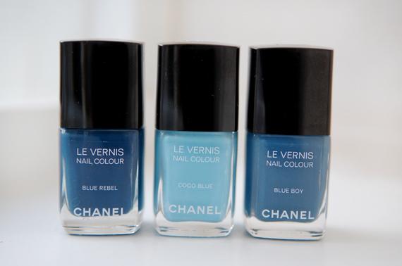 Chanel-Les-Jeans-le-vernis-blauwe-nagellakken Les Jeans de Chanel