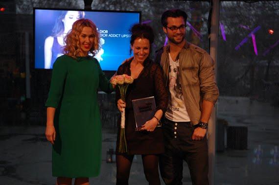 Jan-kooijman-reikte-prijs-uit-aan-janneke-bastiaans-van-Dior EVENT: Holland Beauty Awards 2012
