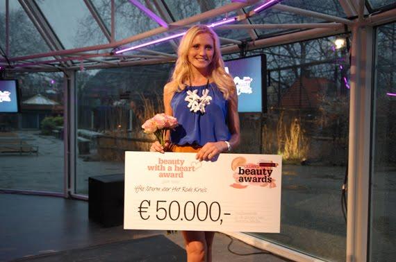 Yfke-sturm-holland-beauty-awards EVENT: Holland Beauty Awards 2012