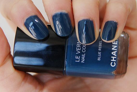 swatch-blue-rebel Les Jeans de Chanel