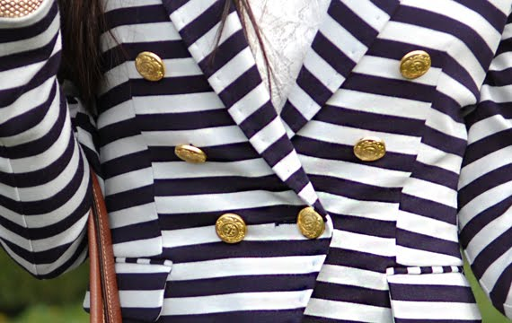 zoom-blazer-gouden-knoopjes Look of today: The Sailor Blazer with Les Jeans