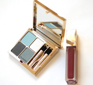 clarins-avater-300x273 Clarins Make-up: Ombre Minerale Blue Sky, Gloss Prodige& Foundation Ever Matte