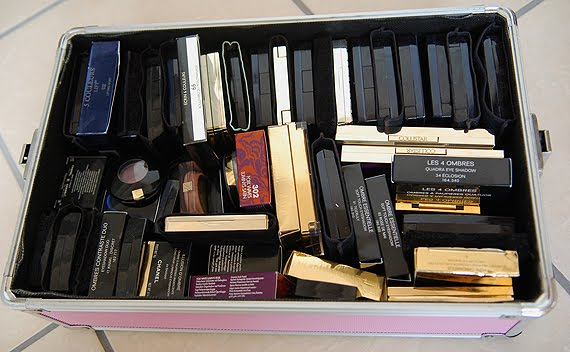 dior-5-couleurs-chanel-guerlain-oogschaduw-stash-eye-shadow- Je stash organiseren in een make-up trolley