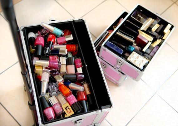 make-up-koffer-stash-make-up Je stash organiseren in een make-up trolley