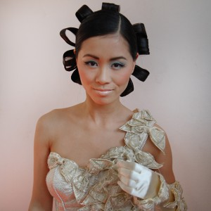my-huong-mieke-petiet-wedding-dresses-300x300 Backstage foto's: Fotoshoot visagie magazine