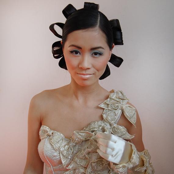 my-huong-mieke-petiet-wedding-dresses Backstage foto's: Fotoshoot visagie magazine