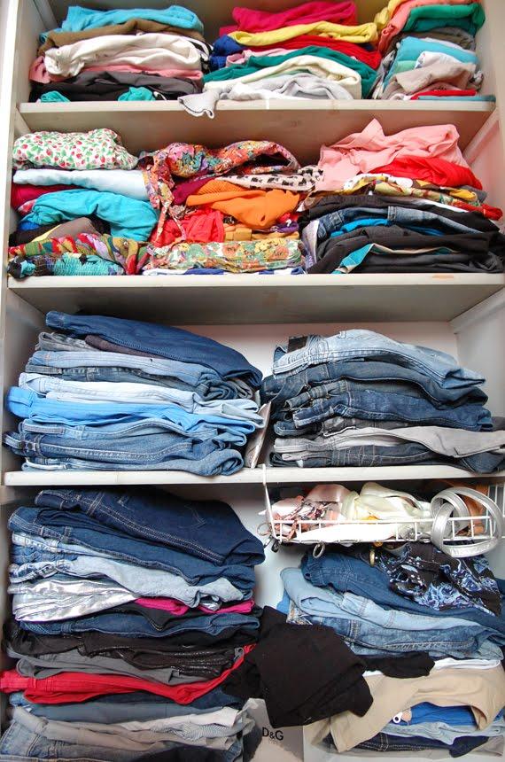 topjes-garderobe-broeken-ellen-van-der-weide-garderobe Een kijkje in Ellen's warderobe