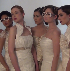 wedding-dress-mieke-petiet-backstage-296x300 VIDEO: Backstage wedding dresses