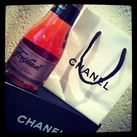 Chanel-Present The Beauty Musthaves: Diary pics+ Movie