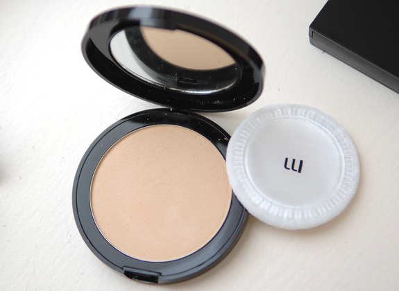 Foundation-gezicht-poeder-mineralogie Make-up van Mineralogie