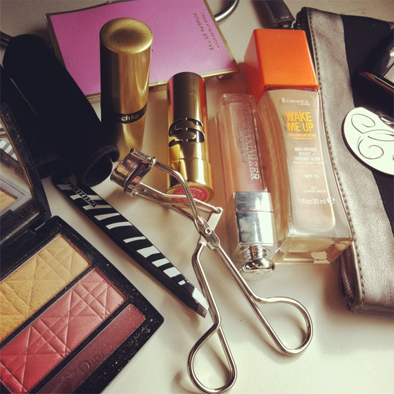 Make-up-trein-dior The Beauty Musthaves: Diary pics+ Movie