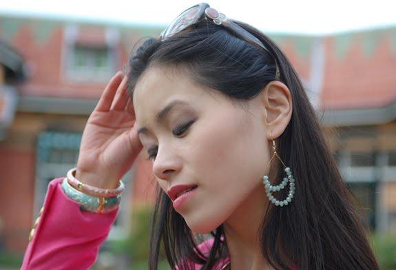chanel-sunglasses-oorbellen-accesoires-Sal-y-limon Look of today: Roze blazer vs. mintgroene skinny