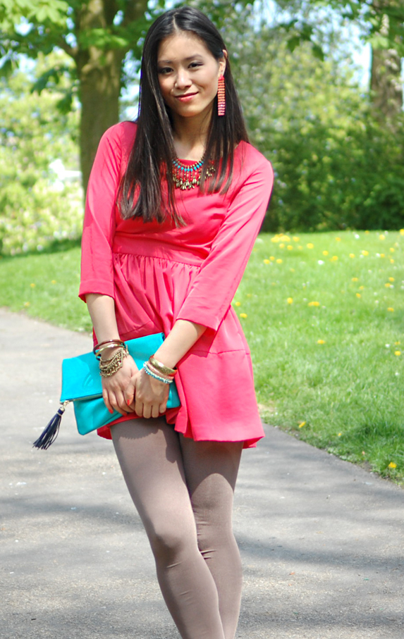 look-outfit-my-huong-asian-model-netherlands Look of today: The coral pink dress!