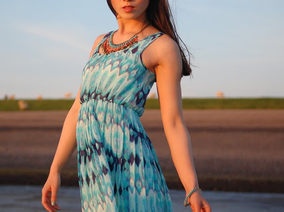 my-huong-look-outfit-summer-2012-cocktail-blue Look of today: The sunset