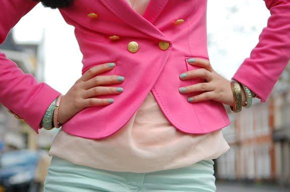 my-huong-roze-blazer-combineren-outfit-pastel-my-huong Look of today: Roze blazer vs. mintgroene skinny