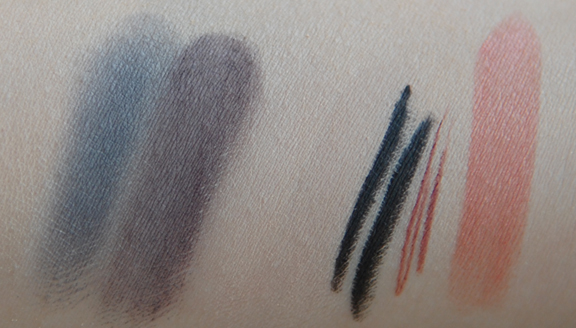 swatches-mineralogie-poeder-oogschaduw-oogpotlood-lippenseel-lipstick Make-up van Mineralogie