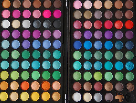 120-manly-palette-eyeshadow-new-25-euro-the-beauty-musthaves Musthave: 120 colours eyeshadow!