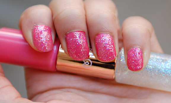 Roze-double-nagellak-collistar-met-glitters Collistar Double Game zomercollectie 2012