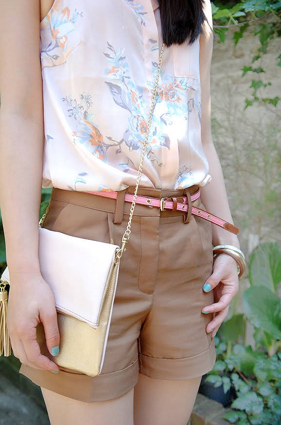 blouse-short-riem-accessoires-My-Huong Look of today: Short in summer!