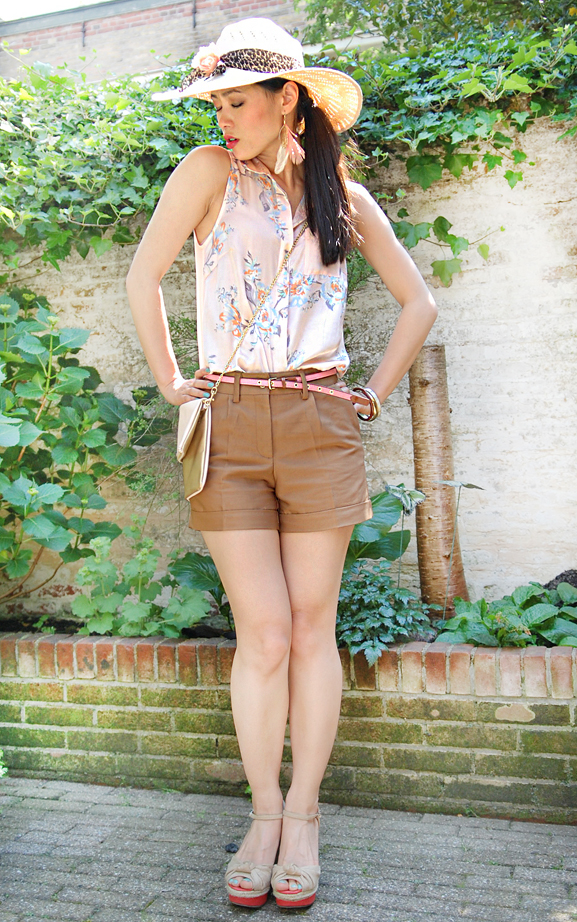 look-of-today-safari-girl Look of today: Short in summer!