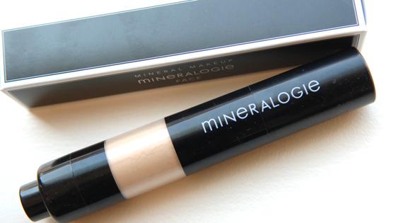 SPF-30-Face-Body-Block-Mineralogie Mineralogie BB cream &  Dispending brush
