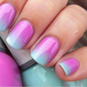 avatar-ombre-nails-howto-tutorial-300x300 DIY: Ombre nails!
