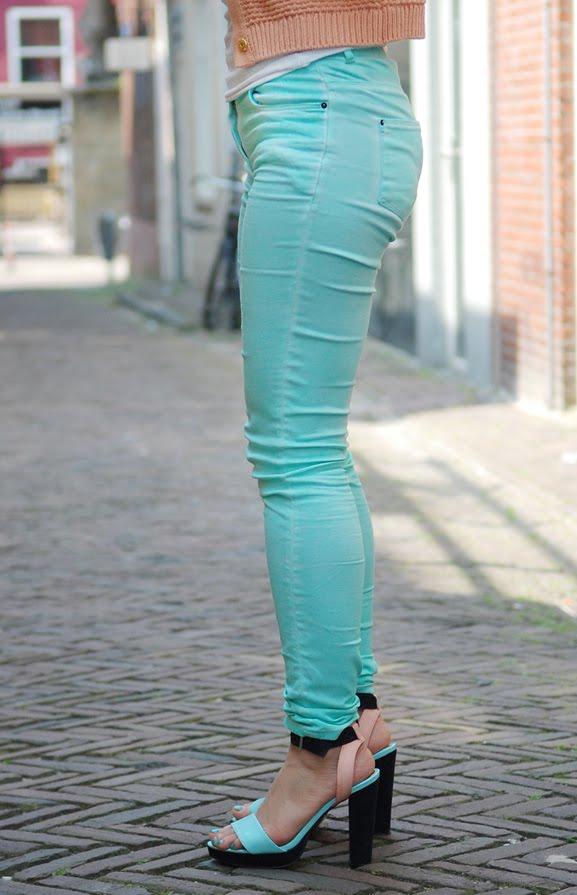 pastel-mintgroene-broek Look of today: Pastel outfit