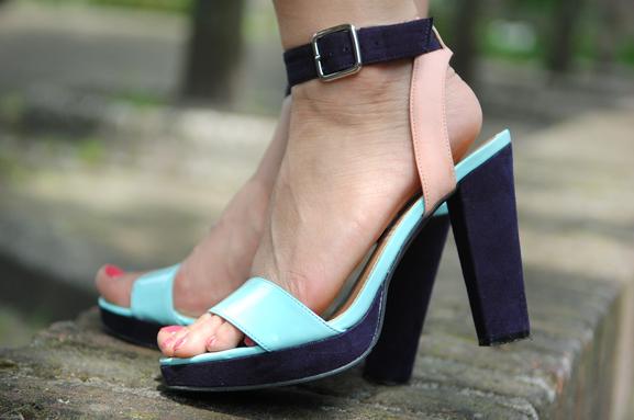 shoes-hakken-hm-my-huong-look-sandalen Look of today: chinese rose dress