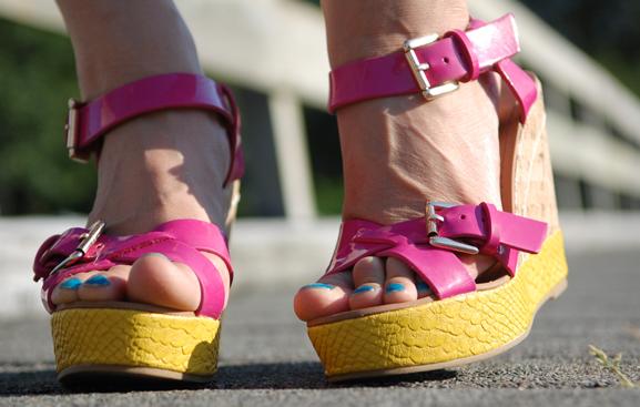 sleehakken-roze-gele-zomer Look of today: the beach look