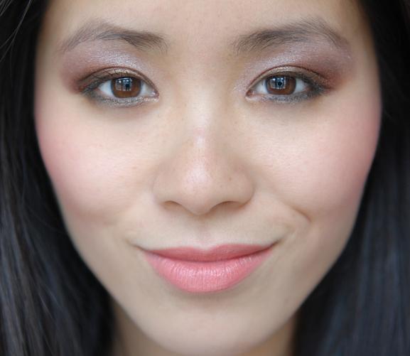 My-Huong-Ooglook-vera-valenti-make-up-looks Vera Valenti Oogschaduw palette